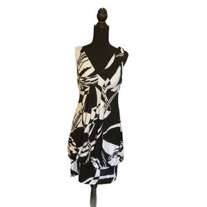 Show Stopper Dress, scooped Back Size S